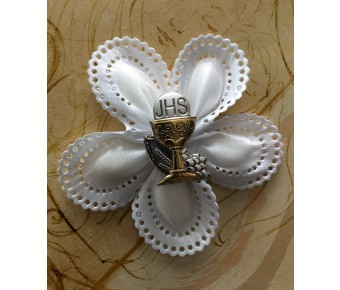 CF1201 First Holy Communion Confetti Flower almond favor jordan almond favors Bomboniere with Silver Chalice pin