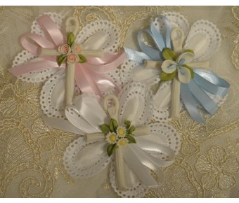 CF1512 Confetti Almond Flowers favors Jordan almonds flowers Baptism Christening with Capodimonte cross Favors First Communion Bomboniere