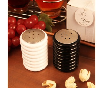 "RB1118 ""Accents of Love"" Salt and Pepper Shaker Set"