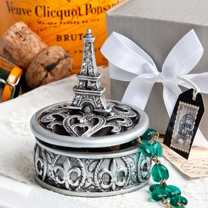 8654 Eiffel Tower design curio box favors
