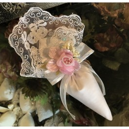 AF625 Italian lace Cone with craft flower, wedding , communion, bridal shower favors bomboniere