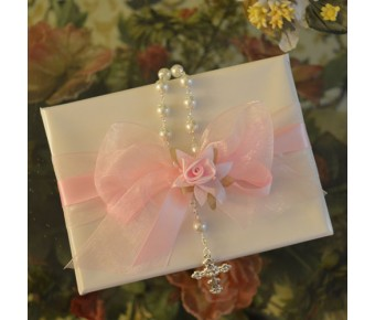 GF12 Gift Wrapping with Rosary, Organza Bow and Flower