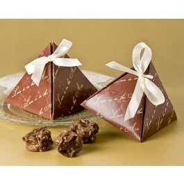 "A21005 ""Love is in the Air"" Pyramid Favor Box (24 Pack)"