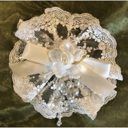 AF617 Italian lace doily with craft flower and rosary, communion, bridal shower favors bomboniere