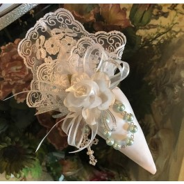 AF629 Italian lace Cone with craft flower and rosary, wedding , communion,baptism favors bomboniere