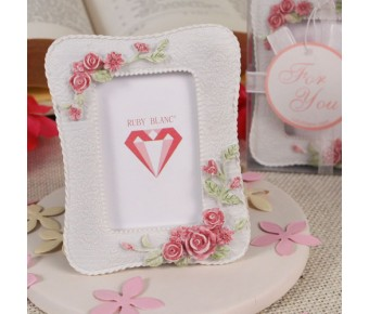 "RB1039 ""Rose Accents"" Place Card Holder/Photo Frame"