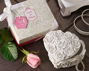 "A41007 ""Love in Bloom"" Heart Jewelry & Trinket Box"