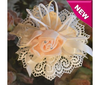 AF530 Italian Doily Favor Bomboniere with craft flower