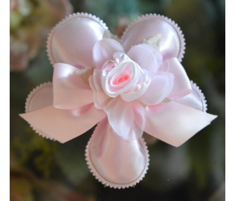 CF64 Confetti Flower Bomboniere with craft flowers