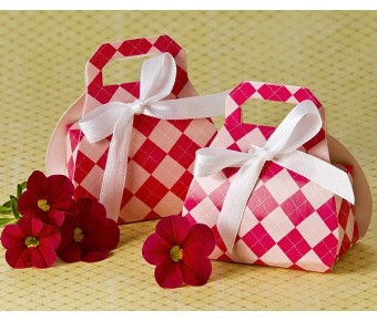 "A21001 ""Perfectly Plaid"" Pink Purse Favor Box (24 Pack)"