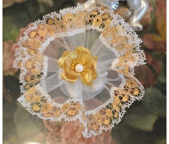 AF700 Italian Wedding Bomboniera with gold flower