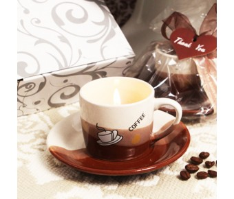 """RB7018 """"Coffee Lover's Delight"""" Coffee Scented Candle in Mug Shaped Holder with Plate"""