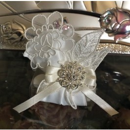HC195 Haute Couture Wedding favors Bomboniere with craft flower table setting
