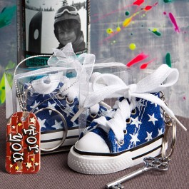 6135 Oh-so-cute blue star print baby sneaker key chain
