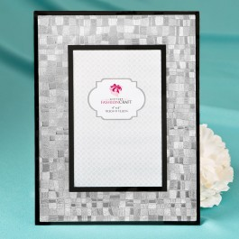 12206 Elegant Silver 4 x 6 Mosaic frame with glass and black borders