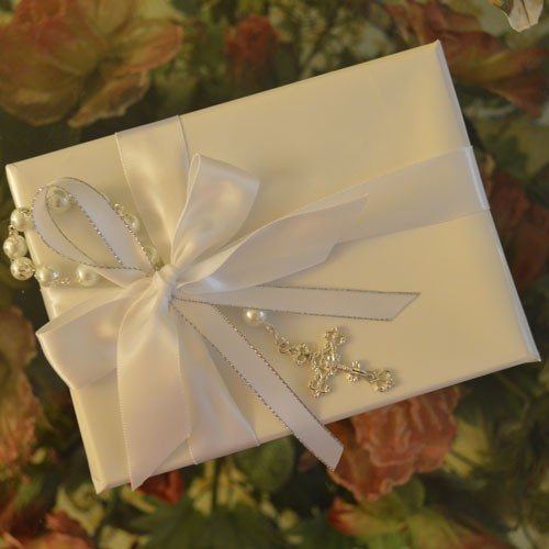 Gf11 Gift Wring With Rosary And Personalized Ribbon