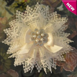 AF420 Italian Doily Favor Bomboniere with Rhinestones and Pearls Brooch