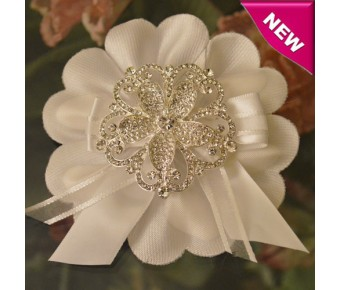 CF575 Italian Confetti Flower with Rhinestones Brooch