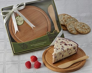 """A35000 """"La Fromagerie"""" Cheese Board & Spreader"""