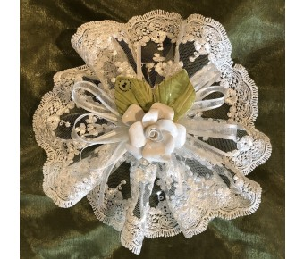 AF618 Italian lace doily with capodimonte flower, wedding , communion, bridal shower favors bomboniere
