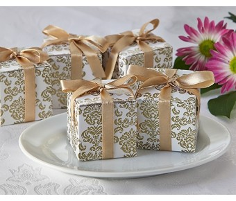 "A21006 ""Classic Damask"" Favor Box in Gold (24 Pack)"