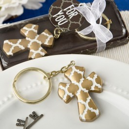 8980 Gold Cross key chain with a Hampton link design from fashioncraft
